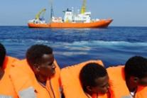 Five EU countries agree to take Aquarius migrants-report