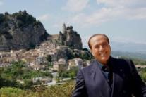 Centre right growing Berlusconi says after Molise win (3)