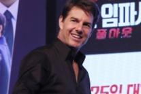 Tom Cruise alla prima del nuovo Mission Impossible a Seoul