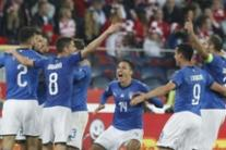 Soccer: Italy beat Poland, avert Nations League relegation