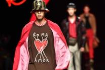 Creazioni di Fendi al Milan Men's Fashion Week