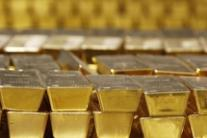 Priest allegedly takes church gold to pay off debts
