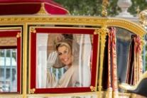 La regina Maxima d'Olanda in carrozza all'Aja
