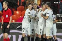 Europa League, Napoli ancora ko