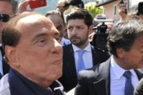 Impeachment talk irresponsible - Berlusconi (2)