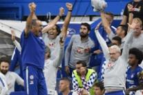 Premier: Chelsea batte Arsenal 3-2