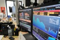 Milan bourse weak, spread down