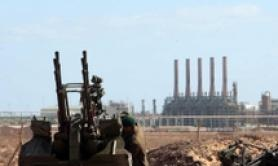 Forze Haftar bloccano campo petrolifero