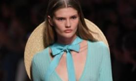 Milano fashion week, la donna di Blumarine