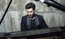 Piano Lab, a Torre Guaceto concerto all'alba con William Greco