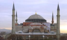 Turchia, Erdogan: Santa Sofia potrà tornare moschea