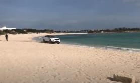 Rally con un suv su una spiaggia in Salento: multata intera famiglia VIDEO