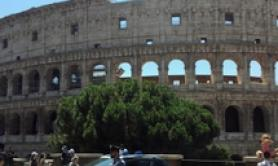 3 men arrested for robbing tourist at Colosseum