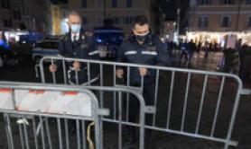 Covid: folla in zone movida a Roma, chiusure e multe