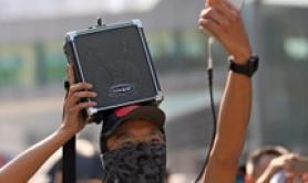 Hong Kong: lacrimogeni su manifestanti