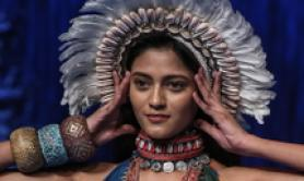 Lakme Fashion Week, una creazione di Rajdeep Ranawat