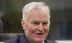 Bosnia: Ratko Mladic operato a intestino