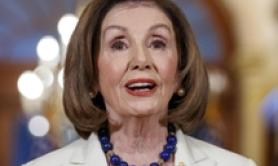 Nancy Pelosi, sì all'impeachment contro Donald Trump