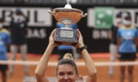 Tennis: Halep wins Italian Open for first time