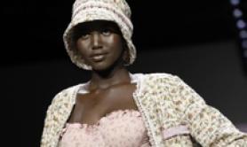 New York Fashion Week, una creazione di Anna Sui