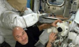 Italy's Parmitano embarks on unprecedented spacewalk