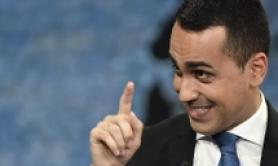 You don't whistle pope in a piazza - Di Maio