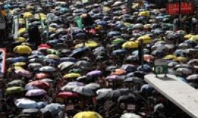 Hong Kong, di nuovo migliaia in piazza