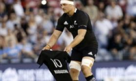 Maradona: una 10 tutta nera, anche All Blacks si inchinano