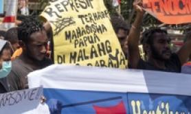 Attivisti papuani durante manifestazione a Bali, Indonesia