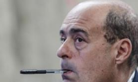 Governo: Zingaretti, paralisi totale