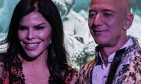 Jeff Bezos, ceo di Amazon, e la sua compagna Lauren Sanchez