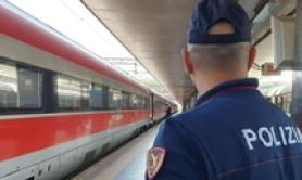 Genoa-Rome train disruption due to branches on line