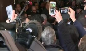 Macron bacchetta la scorta israeliana, 'imita Chirac'
