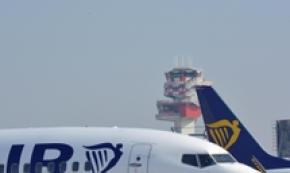 Antitrust fines Ryanair, Wizzair 3 and 1 mn