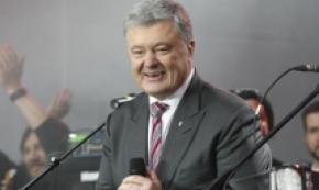 Poroshenko chiede altra chance al Paese