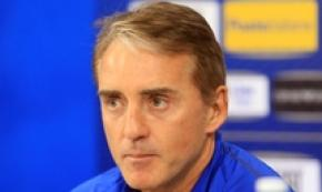 Soccer: Win for Euro 2020 and ranking - Mancini