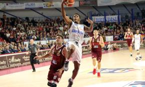 Brindisi, Clark infortunato: Venezia batte Happy Casa 70-59