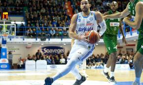 Basket, Happy casa vince a Trento e va in Final eight