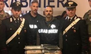 Cc sequestrano 21 kg cocaina a Catania