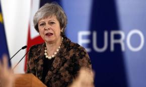 May, l'Ue disponibile ad altri chiarimenti su Brexit