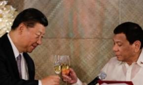 Il presidente cinese Xi Jinping in visita nelle Filippine