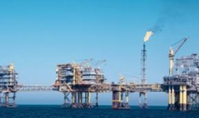 Petrolio: Wti cede 0,5% a 52,3 dollari