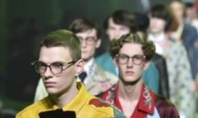 Fashion week celebra uomo 'spendaccione'
