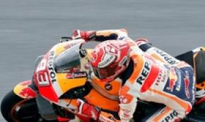 Valencia, Marquez domina anche warm up