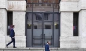 Borsa: Milano riduce rialzo, giù Tim