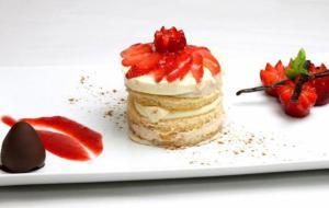 BASILICATA - Round cake alla fragola Candonga