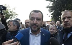 Everything will collapse if decree not okayed-Salvini