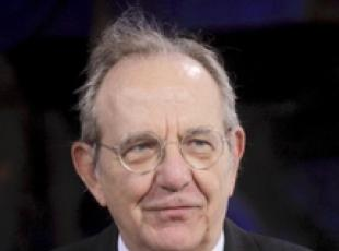 Little spare cash for budget law, says Padoan (2)