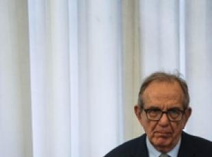Padoan says economy can grow up to 2%