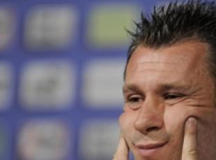 Soccer: Cassano says is quitting after all